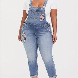 Nwt Torrid size 14 Denim Embroidered Overall